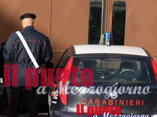 Tentano di rubare all'interno di un bar, arrestati 3 rumeni