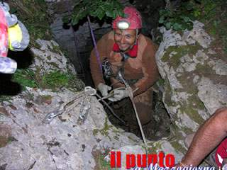 Incidente in grotta, salvato uno speleologo