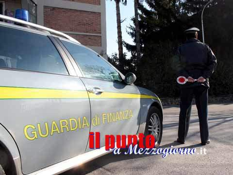 Scoperti 3 falsi incidenti stradali, denunciate 5 persone a Mondragone e a Cancello ed Arnone