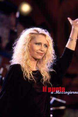 La fondazione Neuromed premia Patty Pravo al meeting del mare