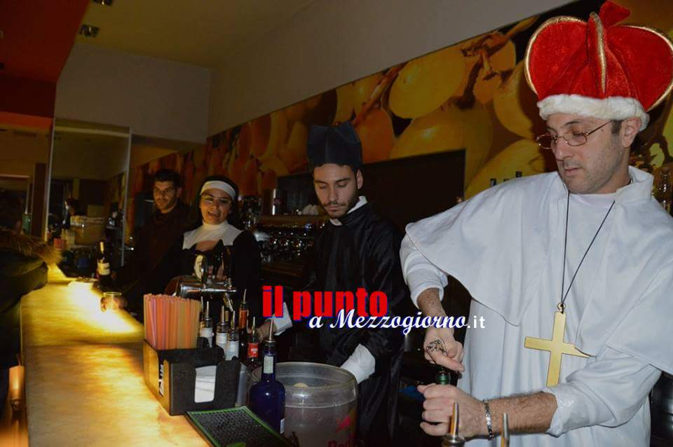 Scandalo Montecassino, abati e suore sexy come dj e cameriere all'abbey party del Merum di Cassino