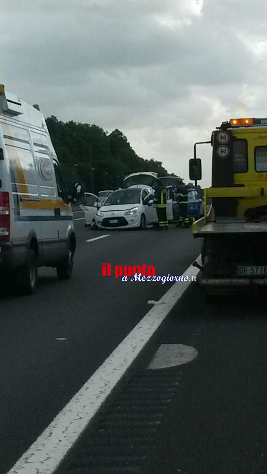 Incidente in A1. Ferita gravemente una coppia di 60enni
