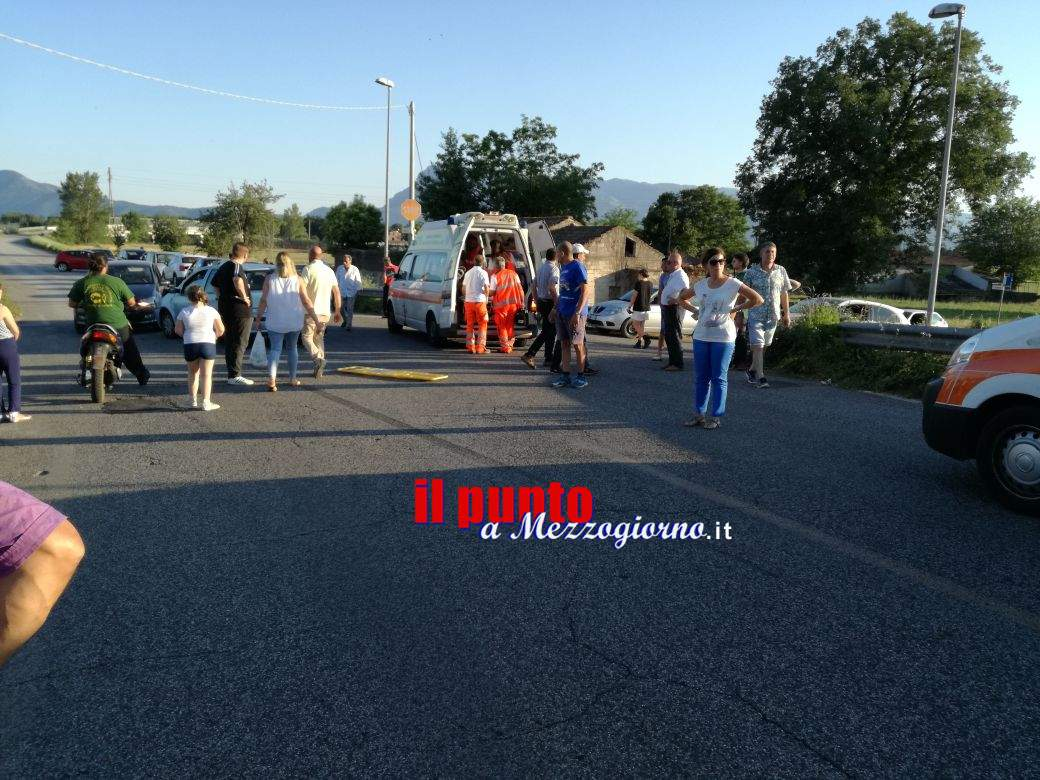 Piedimonte San Germano: Incidente in zona Ruscito. Scontro tra due auto, ferite due persone