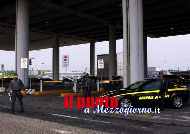 "Operazione ""Speed Goal"" sequestrati sei chili di cocaina all'aeroporto di Fiumicino. Arrestati sei responsabili"