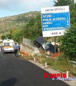 Incidente stradale mortale sulla superstrada a Veroli, auto esce di strada: un morto e due feriti