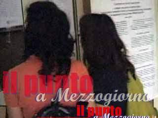 Tentano di truffare un'intera scuola di Frosinone, tour operators denunciati