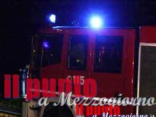 Incendio sull'A1 a Pontecorvo, distrutto camion bisarca e cinque auto