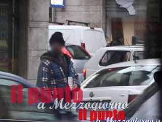 Sui marciapiedi di Cassino tra prese in giro e volgarità