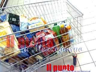 Solidarietà al tempo del coronavirus, da commercianti di Gaeta spesa a domicilio ad anziani