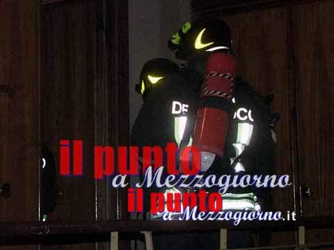 Appartamento in fiamme a Fontana Liri, 24enne incendia la camera da letto della sorella. Arrestato