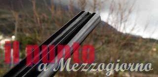 Cacciatore abusivo a Sperlonga, la forestale gli sequestra l'arma e lo denuncia