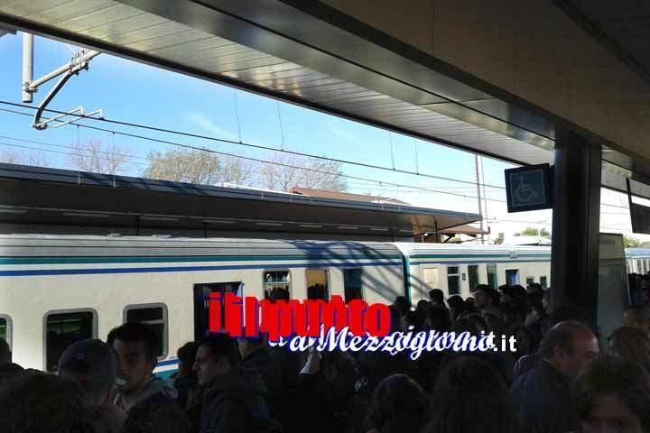 Pendolari Cassino-Roma, ieri ennesima giornata infernale. Codici verso una class action