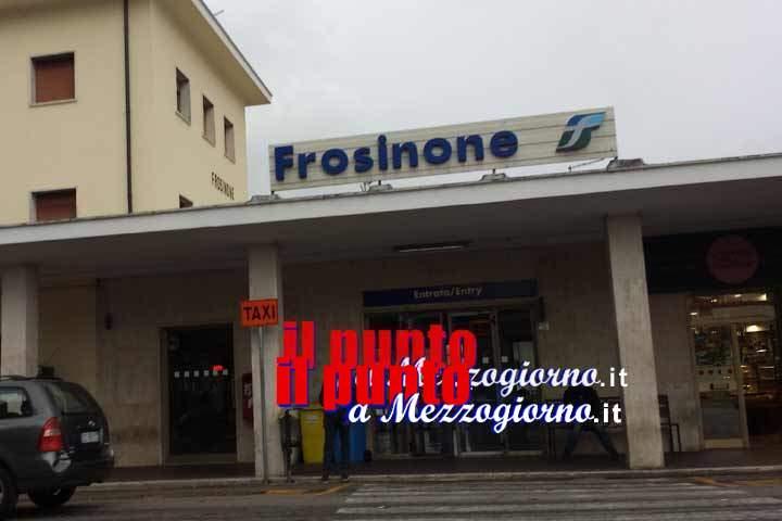 Sessantenne di Cassino aggredito e rapinato in stazione a Frosinone