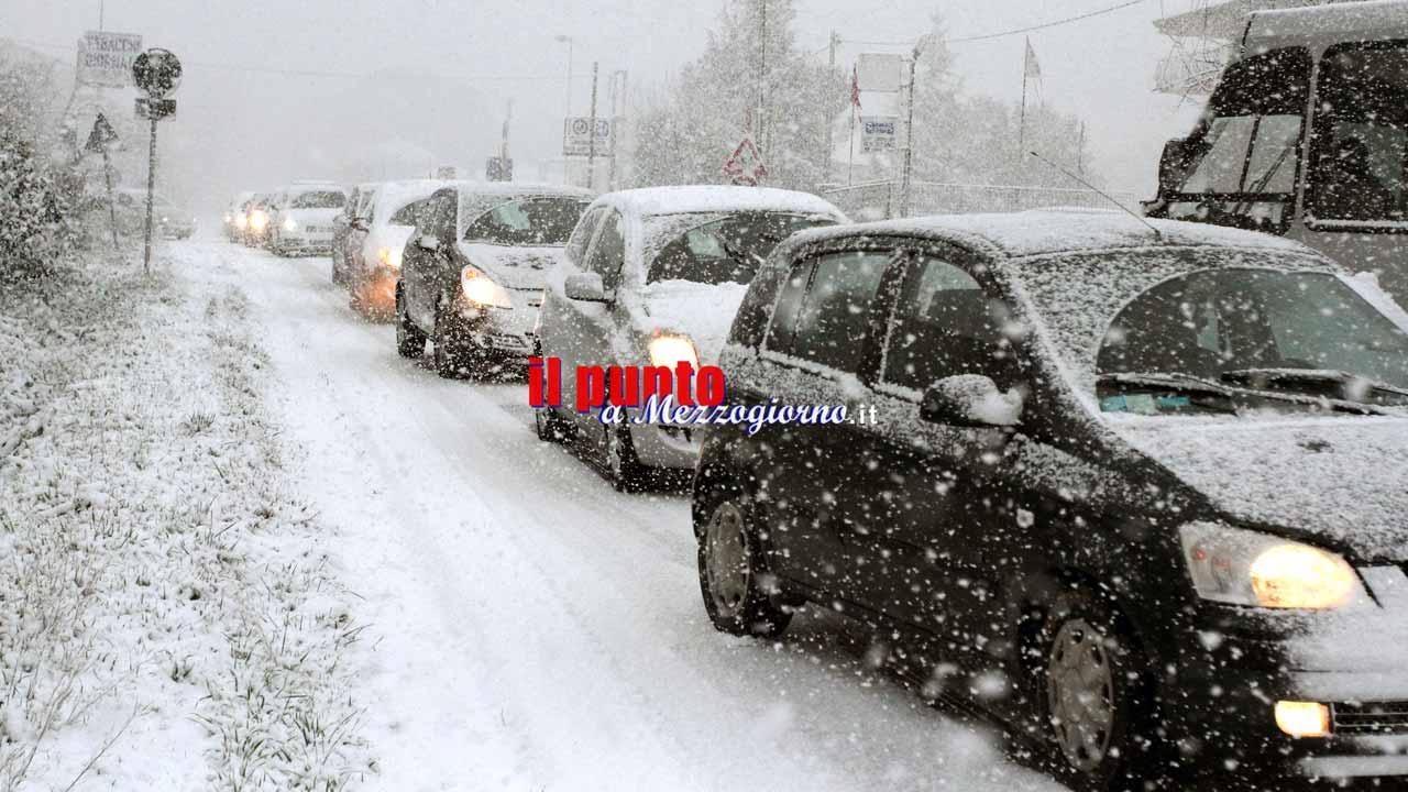 Grande freddo, il ghiaccio ferma la scuola: plessi chiusi anche a Roma