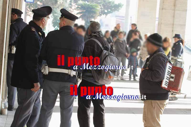 Narcotizzano e rapinano anziano a Frosinone , arrestate due donne