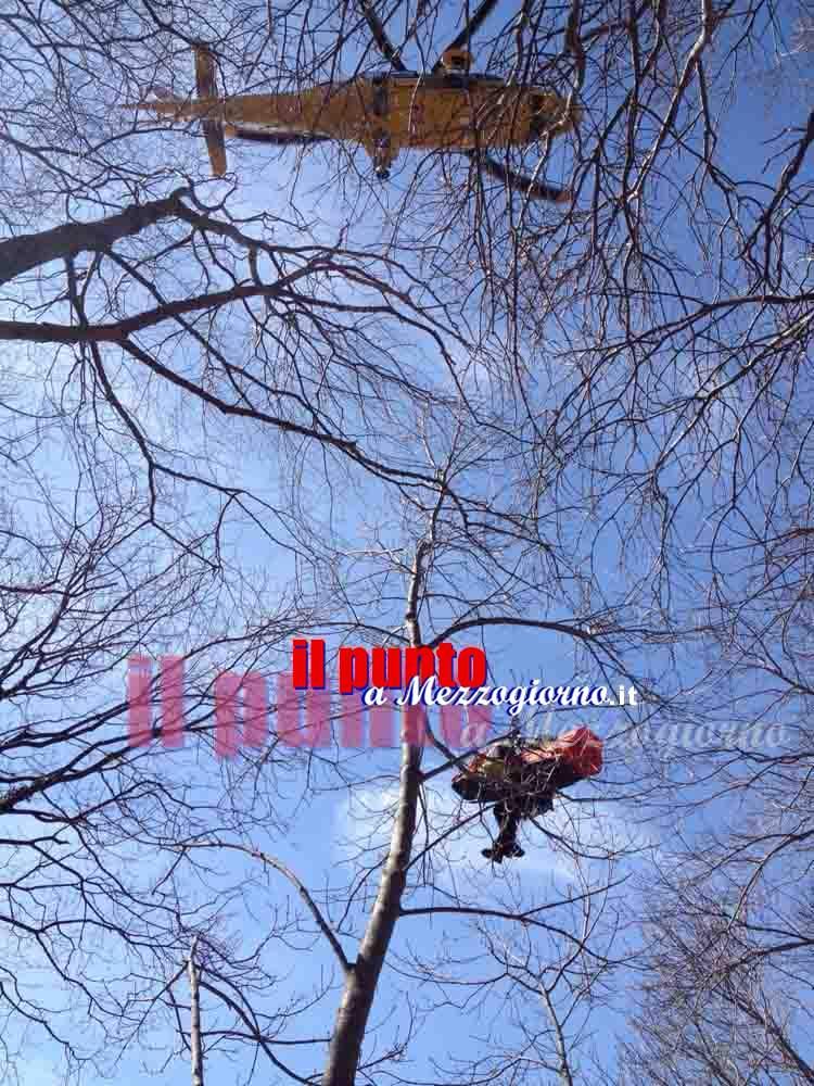 Precipita nel dirupo ad Esperia, spettacolare salvataggio in elicottero