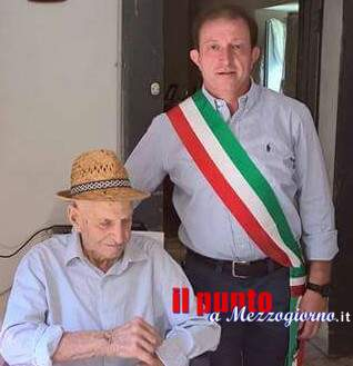 Festa a Colle San Magno per i 103 anni di Zio Luciano