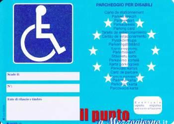 Vecchio contrassegno invalidi 'arancione' addio! Dal 15 settembre sarà valido solo quello europeo