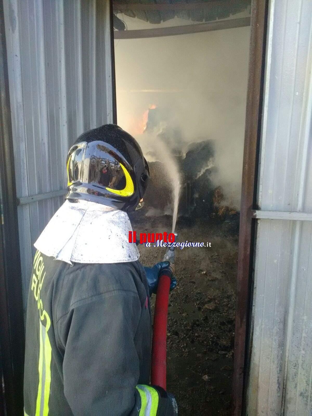 Incendio nella fabbrica di ceramiche a Patrica