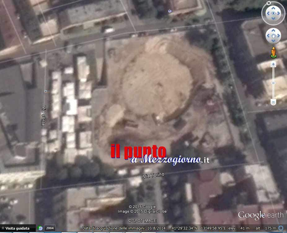 Google Earth immortala i lavori di abbattimento del mercato coperto