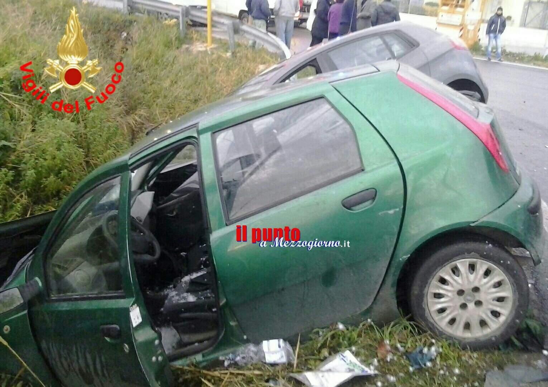 Incidente tra due auto a Sezze, due feriti