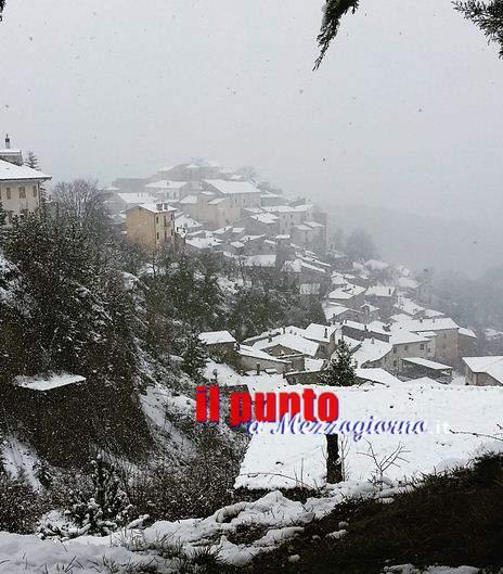 """Freddo e neve per il """"25 Aprile"""" più invernale che si ricordi"""
