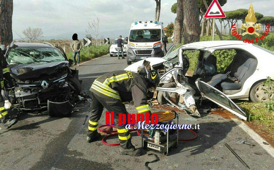 Incidente stradale ad Aprilia. Quattro feriti, due sono minori