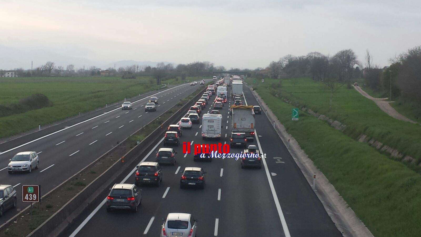Tir si ribalta in A1, chiuso tratto tra Caserta Nord e Capua