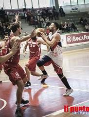 Basket serie B: La Virtus Cassino sconfitta dal Palermo, da sabato 30 playoff
