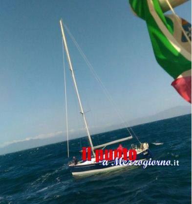 Barca a vela alla deriva, diportisti salvati dalla Guardia Costiera di Gaeta