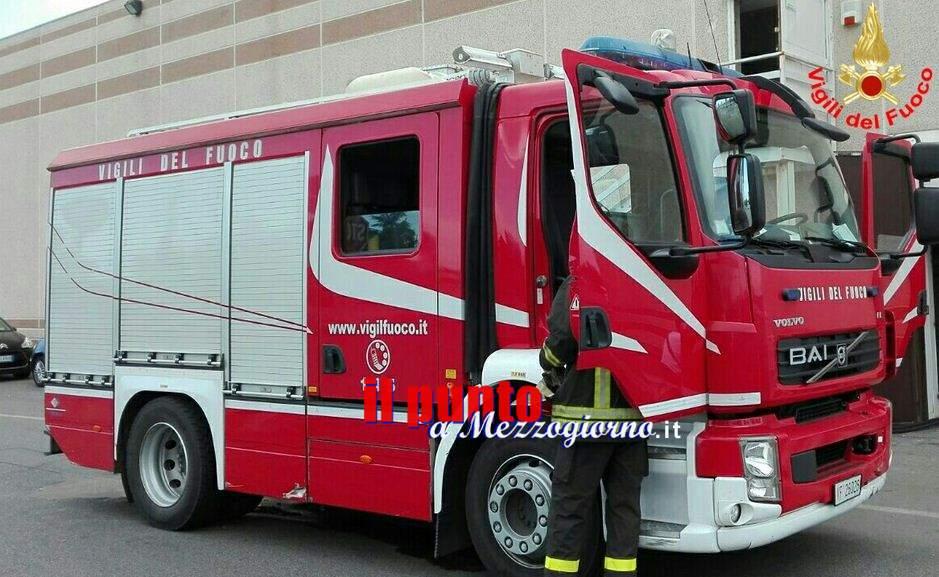 Piedimonte S.Germano: Vasto incendio nella parte alta della città minaccia abitazioni