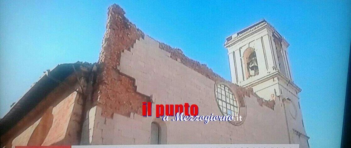 Terremoto, scossa di magnitudo 6.1 con epicentro Norcia. Crolla chiesa di San Benedetto