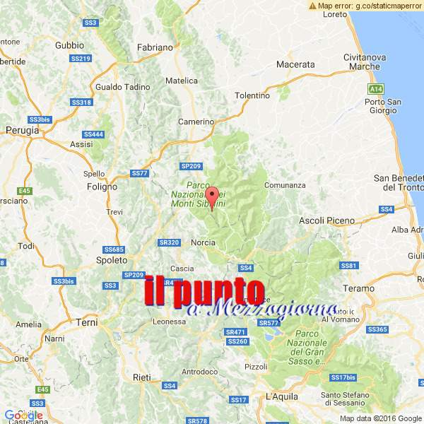 Terremoto centro Italia, la scossa di magnitudo 5.9 tra Macerata e Perugia. Due feriti a Visso