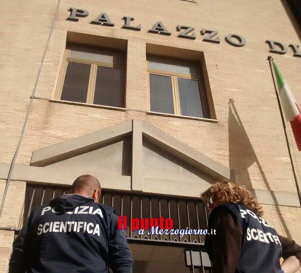 Trolley sospetto davanti la Procura di Cassino fa scattare l'allarme