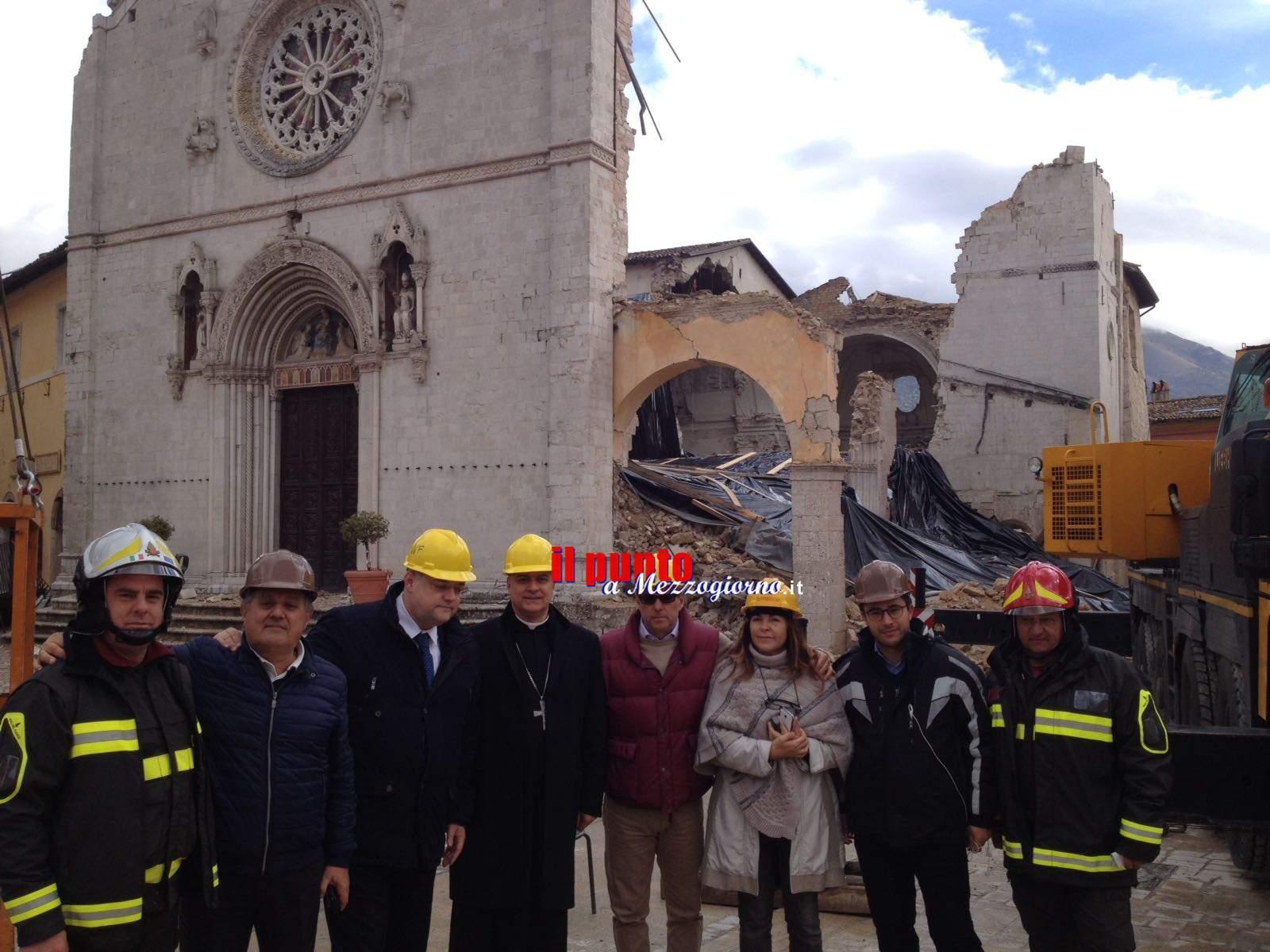 Terremoto: L'Abate di Montecassino e il sindaco D'Alessandro a Norcia