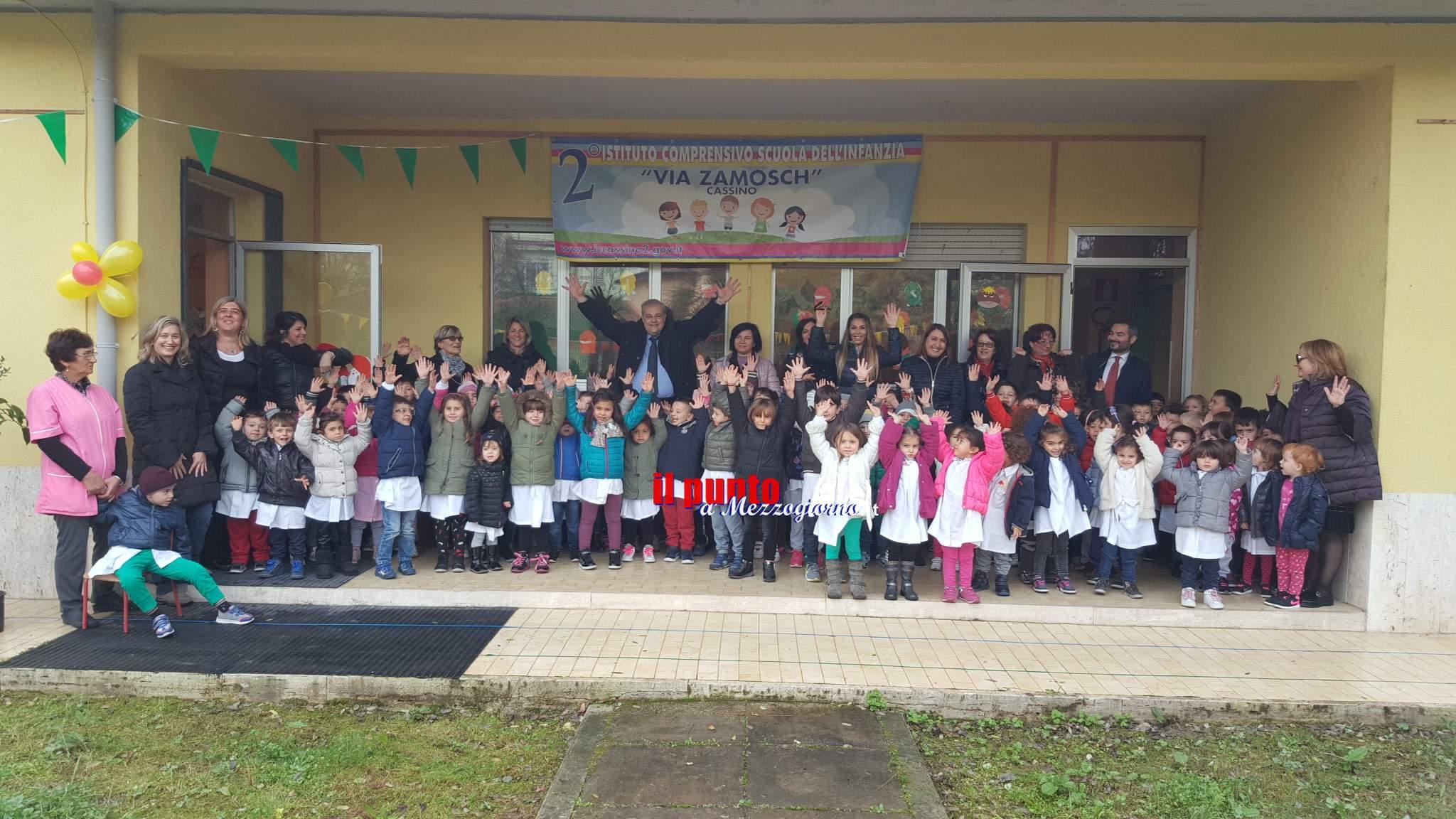 """Festa degli alberi: """"Per fare tutto ci vuole un fiore"""" il sindaco D'Alessandro alla scuola dell'infanzia via Zamosch"""