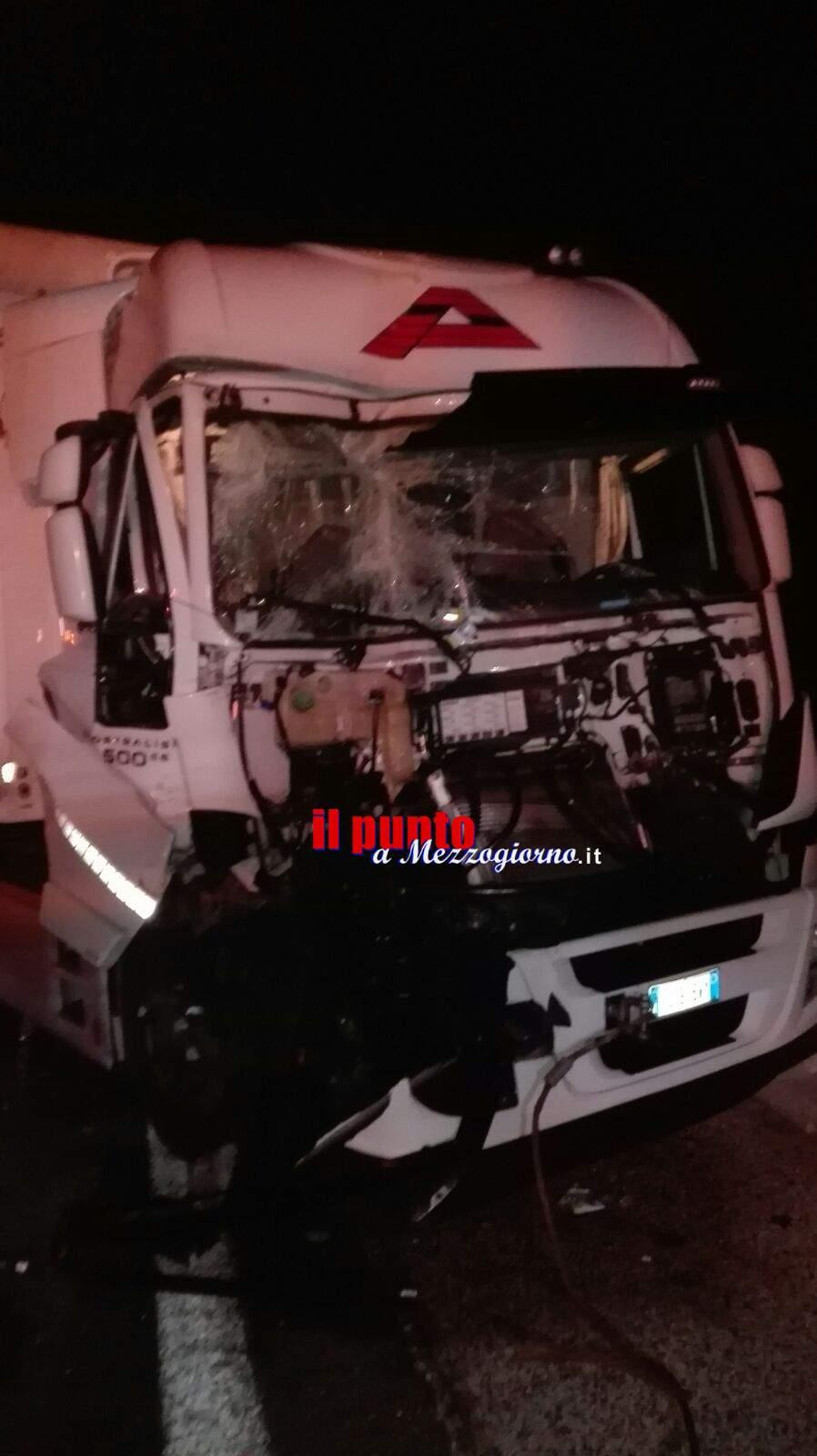 Incidente stradale tra tir in A1 tra San Vittore e Caianello