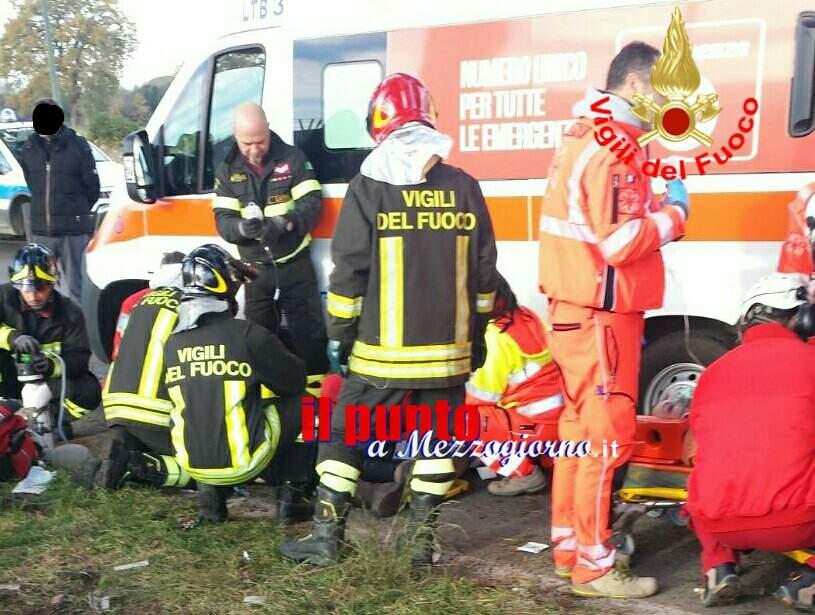 Incidente stradale mortale, sull'Appia si consuma la tragedia di Capodanno
