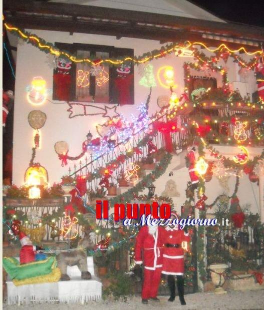 La Casa del Pallucci a Caira si illumina del Natale
