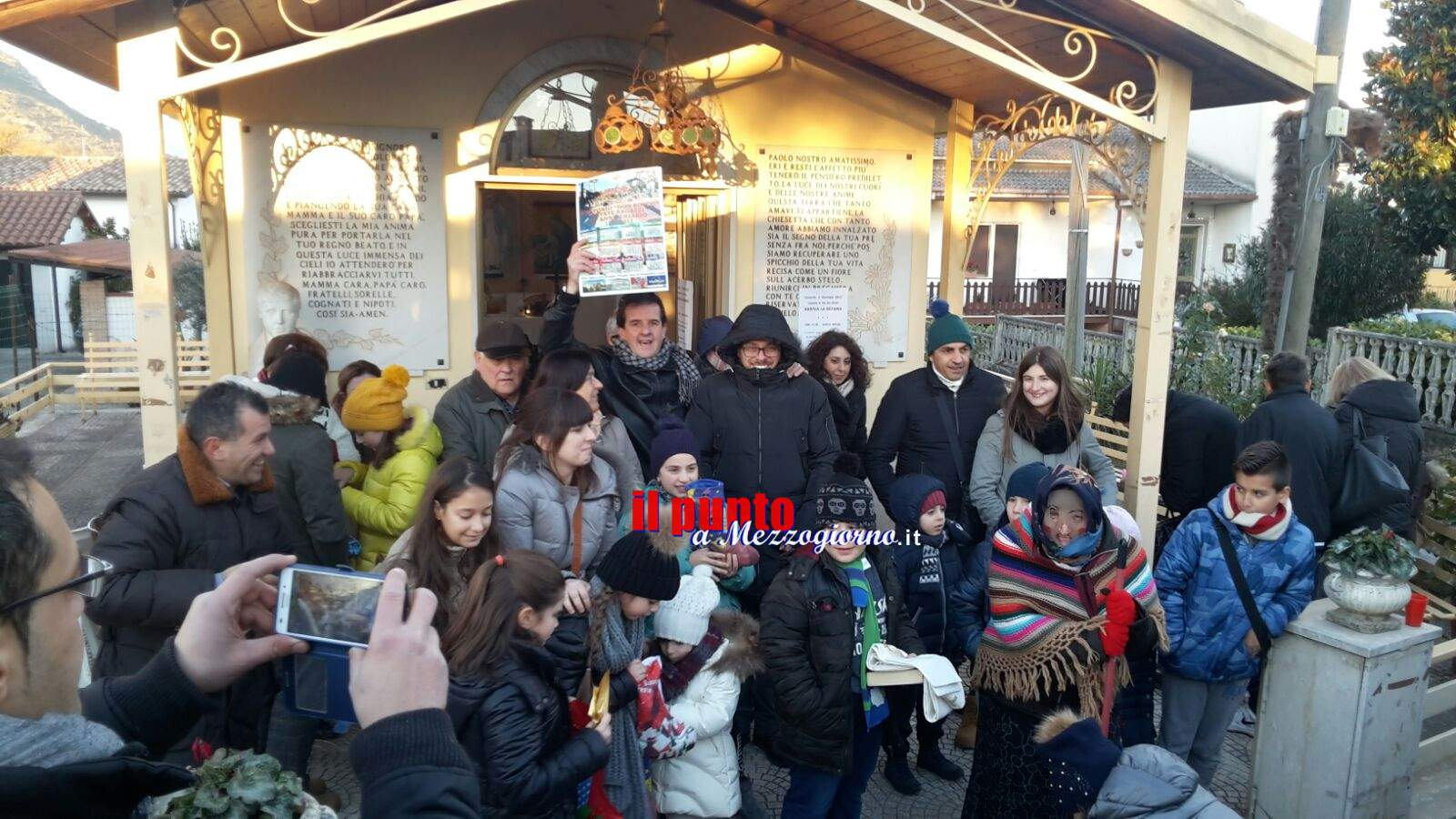 Cassino – La befana arriva in carriola a San Nicola