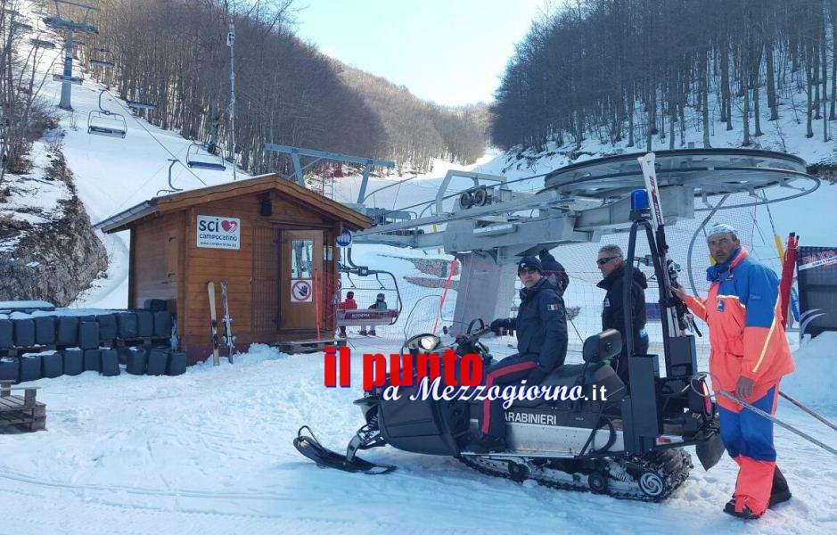 Anziano soccorso sulle piste da sci dai carabinieri