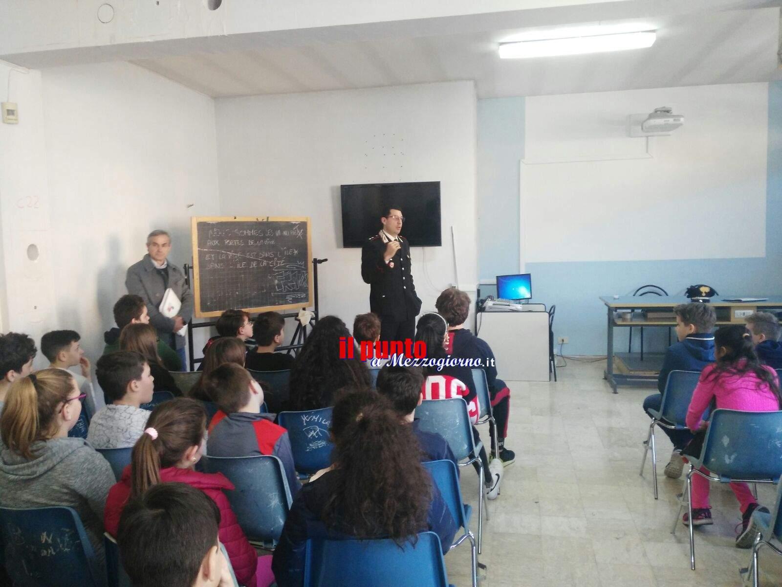 Cassino- L' Arma dei Carabinieri incontra gli alunni della scuola media Di Biasio