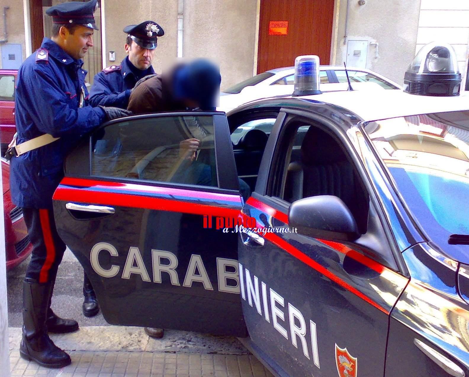 Agli arresti domiciliari per violenza sessuale, 26enne evade ma viene arrestato