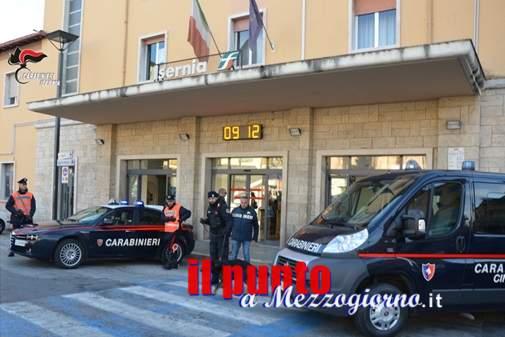 Droga, controlli a tappeto dei Carabinieri nella provincia di Isernia con unità cinofile
