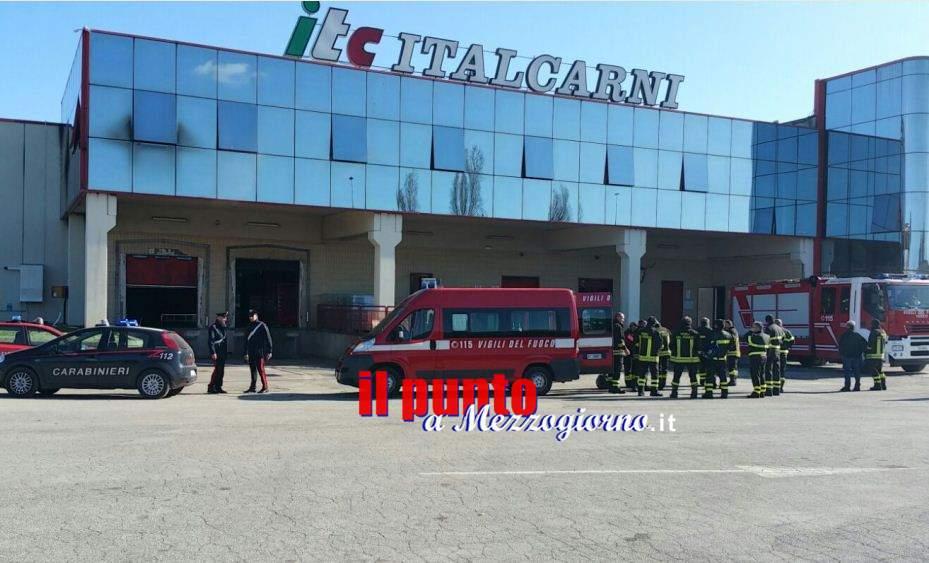 Incendio alla Italcarni di Aprilia, indagini in corso