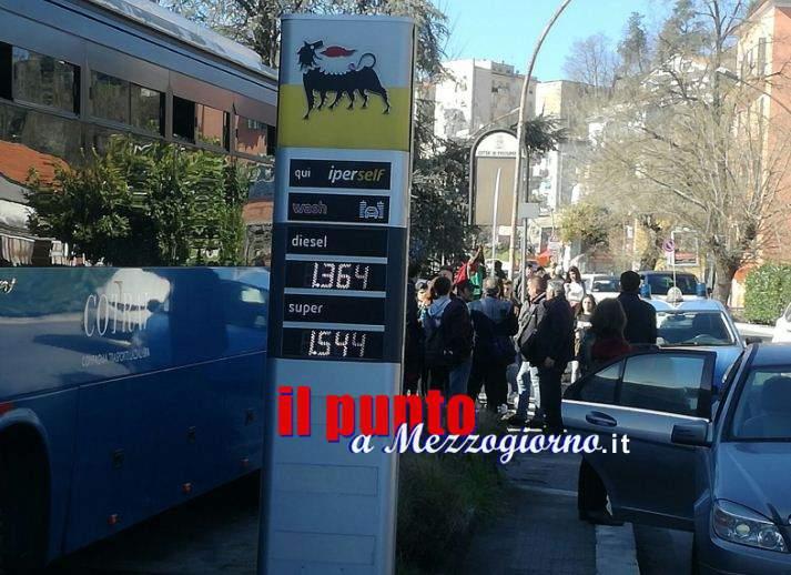 Pullman del Cotral non idonei a viaggiare, gente inferocita a Frosinone