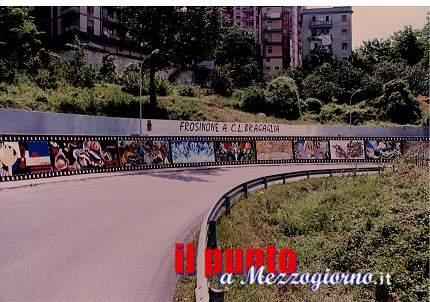 Murales di via Ciamarra: prima pennellata alle 11