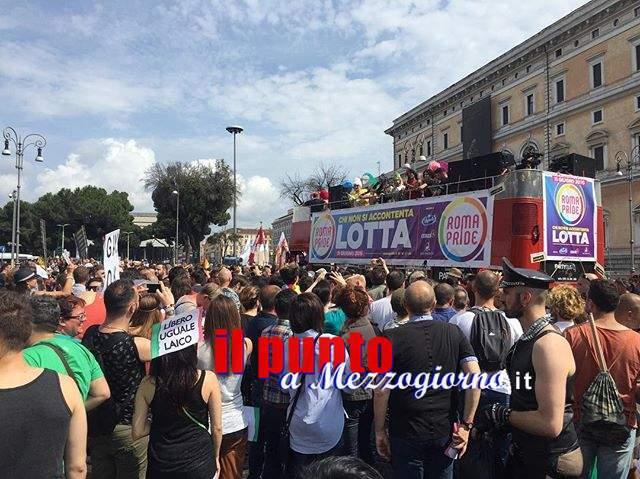 """Il Roma Pride scalda i motori, l'organizzazione: """"I nostri corpi superano i confini del binarismo di genere"""""""