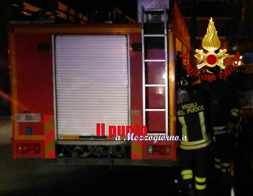Viterbo, due furgoni distrutti da incendio: ipotesi dolo