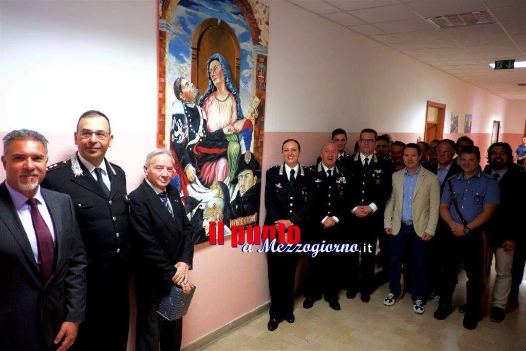 Campobasso: Quadro della Virgo Fidelis in dono dal pittore Ciccone e consegna di attestati per alcuni militari